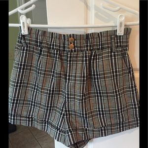 NWOT Plaid Cuffed Side Pockets Forever 21 Shorts